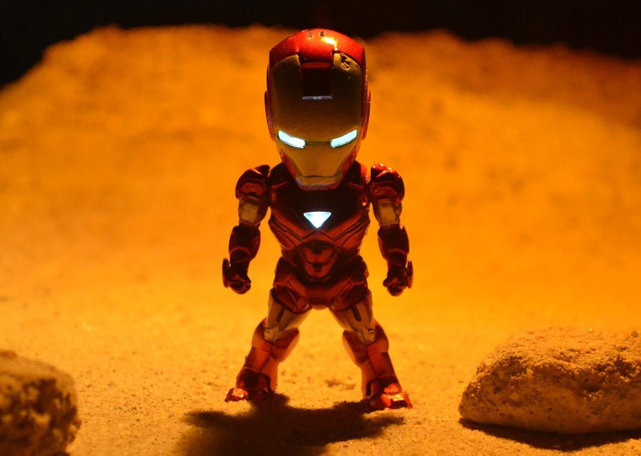 Hero Novel Iron Man
