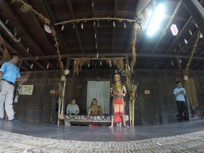 identiti sarawak cultural village 2