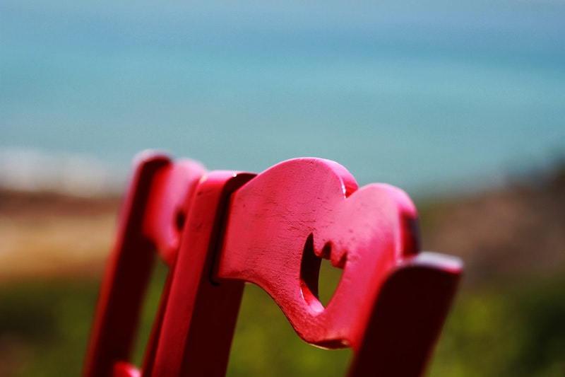 kerusi merah